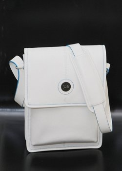 Jill-e Designs E-GO Tablet Tote