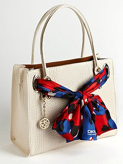 DKNY Scarf Shopper